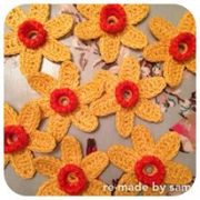 gorgeous spring daffodil crochet brooch kit re-made by sam