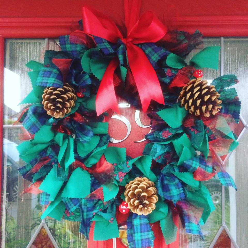 Christmas Wreath Making Craft Kit - Re-made by Sam
