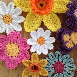 Re-made by Sam Crochet Spring Flower Class