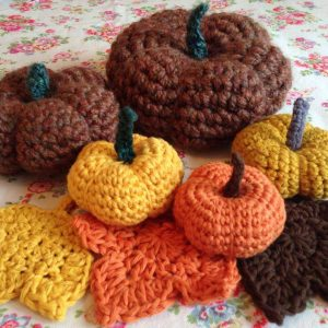 re-made by sam - amigurumi crochet pumpkin class