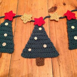 Re-made by Sam Christmas Tree Bunting Cochet Kit