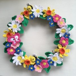 Happiness Wreath